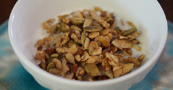 low carb keto friendly granola cereal