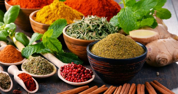 Fresh and dried herbs and spices